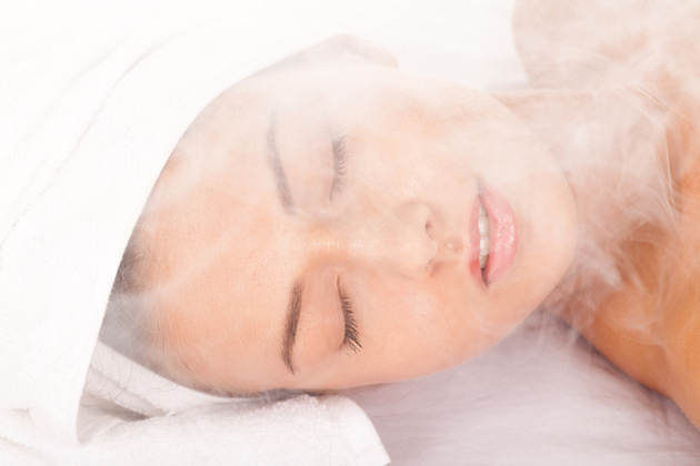 How To Do Steam Facial At Home